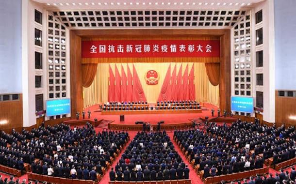 خبراء كويتيون يشيدون بدور الصين المهم في مكافحة