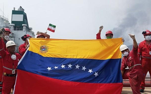 فنزويلا تتحدى العقوبات وتستورد النفط الإيراني