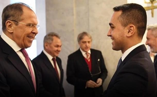 وزيرا خارجية الإتحاد الأوروبي و إيطاليا يتابعان وقف إطلاق النار في ليبيا