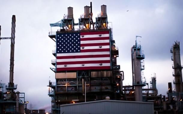 انخفاض أسعار النفط إلى أقل من 40 دولارا للبرميل