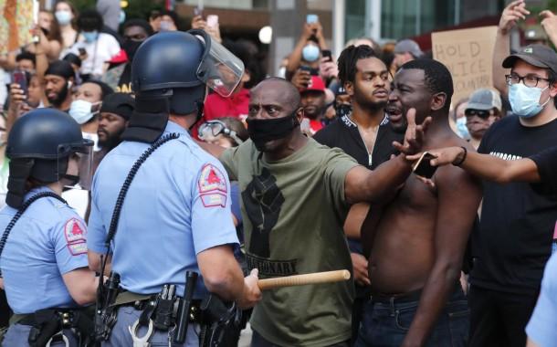 طوارئ و اشتباكات و أعمال شغب.. الاحتجاجات تصل نيويورك