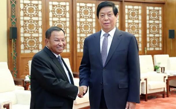 الصين و كمبوديا تعتزمان تعزيز التعاون و دعم العلاقات
