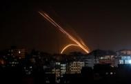 الجيش الإسرائيلي يقصف أهدافا لحماس بعد إطلاق صاروخ من غزة