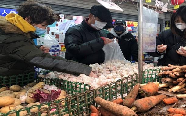 حي ببكين يمنع سكانه من مغادرة المدينة للحد من انتشار وباء كوفيد-19