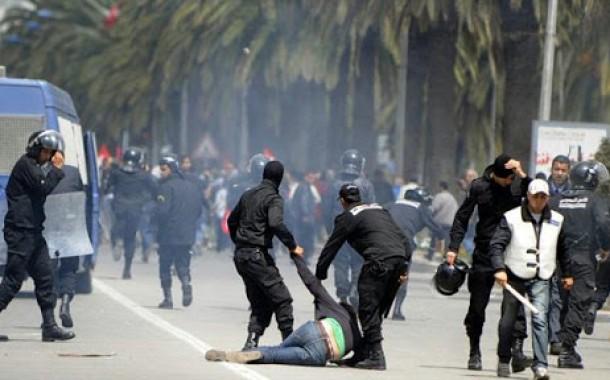 مواجهات عنيفة بين قوات الأمن التونسي والمئات من المحتجين وسط العاصمة