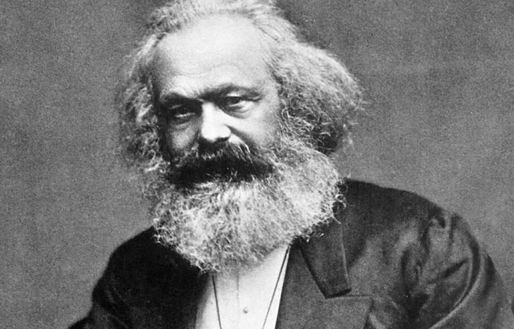 الماركسية و أطياف كارل ماركس
