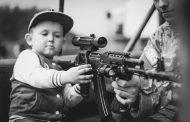 العنف المسلح يقتل المزيد من الأطفال والمراهقين الأمريكيين